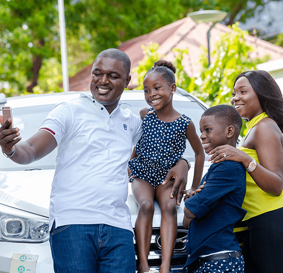 insured-happy-family